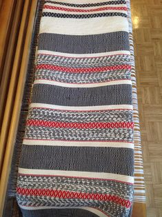 Woven blanket as, heavy, warm and durable that lasts more than a lifetime Width approx 88 inches Length approximately 100 inches Care instructions Machine wash and hang to dry. This blanket is woven with passion and attention to detail. Weaving Patterns, Line Patterns, Couture Sewing, Tapestry Weaving, Weaving Techniques, Lana, Sewing Projects, Creations, Outdoor Blanket
