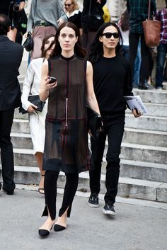 is that #VanessaTraina hanging out with Alexander Wang or am I going mad?! well cool. Paris.