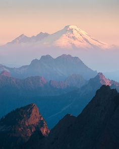 "Elliot Hawkey's Instagram photo: ""Prime time up North"" Cascade National Park, North Cascades National Park, National Parks, Prime Time, Mount Rainier, Travel, Instagram, Viajes, Destinations"