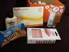 What comes in the influenster box <3