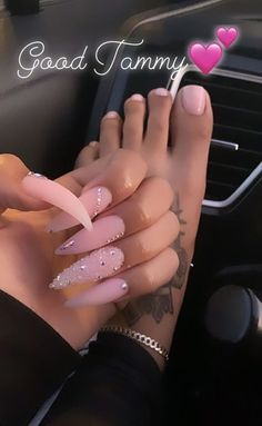 In search for some nail styles and some ideas for your nails? Here's our list of must-try coffin acrylic nails for modern women. Bling Acrylic Nails, Aycrlic Nails, Best Acrylic Nails, Summer Acrylic Nails, Swag Nails, Pink Stiletto Nails, Pastel Nails, Pink Bling Nails, Acrylic Toes