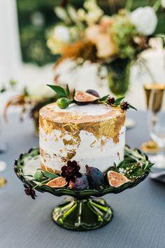 Gold leaf fall wedding cake. Fall Wedding Cakes, Wedding Cake Designs, Wedding Desserts, Spring Wedding, Gold Wedding, Wedding Decorations, Cosmetology Cake, Edible Silver Leaf, Mint Springs Farm