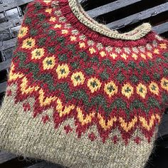 Ravelry: Project Gallery for Riddari pattern by Védís Jónsdóttir Left Side Of Body, Fair Isle Knitting Patterns, Icelandic Sweaters, Ankle Jewelry, Fair Isles, Ravelry, Crocheting, Knitwear, Knit Crochet