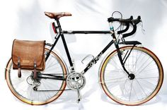 Bike pannier, cycling accessory, brown messenger bag