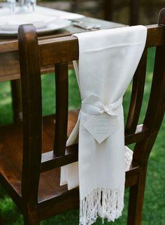 Ensure your guests are cozy with wrap wedding favors. #weddingwrap #weddingfavor #chilly http://www.weddingchicks.com/2013/11/12/wine-country-wedding/