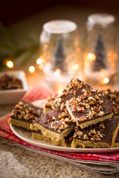 Old Fashioned Toffee Squares with the advice from Grandma on the baking. Sounds like a win win! Try Grandma's favorite Toffee Squares by using the griddle plate of your George Foreman Evolve™ Grill.
