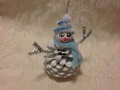 pinecone Christmas Crafts Hand Made Snowman Pinecone Christmas Ornament by KrissiesKrafts Christmas Ornaments To Make, Christmas Crafts For Kids, Christmas Projects, Handmade Christmas, Holiday Crafts, Christmas Holidays, Christmas Gifts, Pinecone Christmas Crafts, Pinecone Decor
