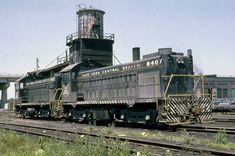 Wayne Koch-New York Central Railroad Fangroup   CR&IR 1963. New York Central Railroad, Train Stations, Old Trains, Rolling Stock, Australian Models, Diesel Locomotive, Bahn, Train Tracks, Motors