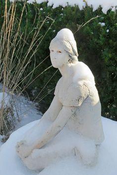 Joan of Arc statuette at Marquette University St Joan, Joan Of Arc, Marquette University, Outdoor Decor