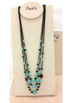 Beaded Jewelry, Handmade Jewelry, Jewelry Necklaces, Beaded Necklace, Diy Jewelry Inspiration, Girls Necklaces, Pearl Beads, Jewelry Trends, Jewelry Crafts
