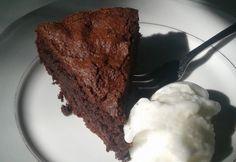 Ragacsos közepű brownie akár tej- és gluténmentesen Tej, Gluten Free, Ice Cream, Sweet, Food, Glutenfree, No Churn Ice Cream, Candy, Icecream Craft