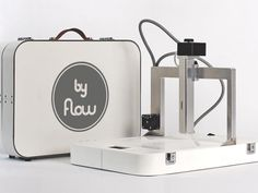 Brilliant new 3D printer folds up like a briefcase, prints dozens of different materials