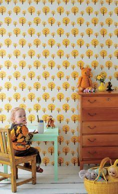 Ferm Living Behang geel papier 10.05mx53cm Boompjes wonen met lef