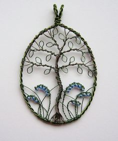 cute, I love the leaves on the tree of life instead of beads