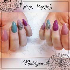 #nail4you #nails #acrylic #akrylnegle #gelpolish #gellak #nailsoftheday #nailswagg #nailed #lækker #iloveit #kunstigenegle #almondshape #modern