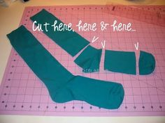 Samster Mommy: DIY Infant/Toddler Legwarmers Jonovich you will have to teach me how to sew could have some fun with this one Baby Sewing Projects, Sewing For Kids, Sewing Tutorials, Diy For Kids, Sewing Ideas, Diy Projects, Baby Aspen, Baby Momma, Diy Clothing