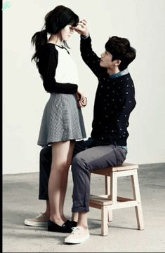 Nam Ji Hyun Gets Some Park Hyung Sik Oppa Affection in New Couples Pictorial  Posted on October 13, 2014 by ockoala