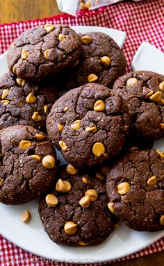 These thick and fudgy Flourless Peanut Butter Brownie Cookies .