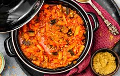 Love Food, A Food, Vegetarian Recipes, Healthy Recipes, Healthy Food, Paella, Foodies, Curry, Vegetables