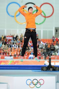 Ireen Wüst jump 2014- Gold 3000 m.