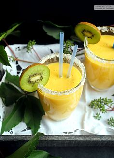 Te explicamos paso a paso, de manera sencilla, cómo hacer smoothie de piña. mandarina y jengibre. Tiempo de elaboración, ingredientes,