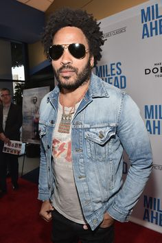 "Lenny Kravitz Photos Photos - Singer/songwriter Lenny Kravitz attends the premiere of Sony Pictures Classics' ""Miles Ahead"" at Writers Guild Theater on March 29, 2016 in Beverly Hills, California. - Premiere of Sony Pictures Classics' 'Miles Ahead' - Arrivals"
