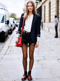 street-style-short-preto-e-meia-calca