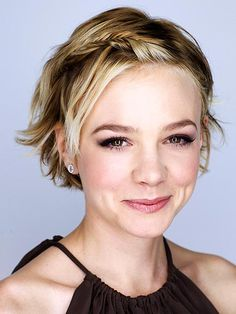 Carey Mulligan. What is the right word? Cute as a button? Are buttons cute?