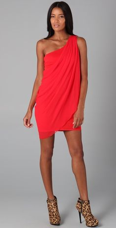 draped dress (imagining this with turquoise or seafoam colored jewelry)