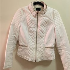 Forever 21 White Quilted Leather Jacket Moto faux leather jacket with intricate quilted & patterned detail- super fitting & perfect for spring & summer as it has a light lining! Contains strap at top with a button around neckline to enhance look. Only worn once! Forever 21 Jackets & Coats