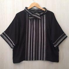 Something like this for the box and stripes pattern Batik Blazer, Blouse Batik, Batik Dress, Blouse Dress, Kimono, Batik Fashion, Ethnic Fashion, Hijab Fashion, Fashion Outfits