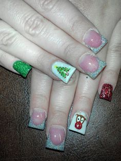 these are so cute!!! i need to get my nails done with a christmas pattern soon.