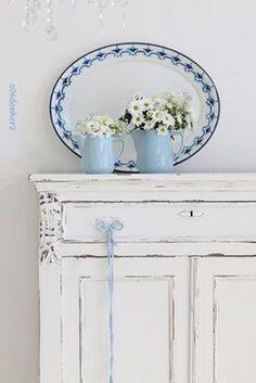 Blue & White Beauty …