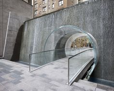 New York City, Manhattan, Avenue of the Americas, 1221 Plaza / A stunning water feature from Spector Desouza Architects Water Architecture, Architecture Details, Urban Landscape, Landscape Design, Pocket Park, Water Effect, Fountain Design, Pond Fountains, Water Walls