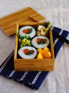 R journal: 韓国風巻きずし弁当・Korean sushi rolls, Kimbap bento