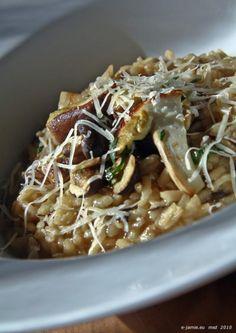 Recepty   e-jamie.eu Daniel Craig, Spaghetti, Ethnic Recipes, Food, Olive Tree, Essen, Meals, Yemek, Noodle