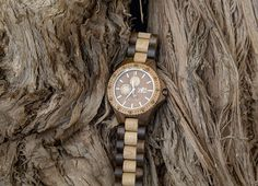 WoodMoon Orologio in legno - Mens WoodMoon Watches - Watch made of wood.
