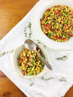 I love succotash so very much because I love that the colors are so bright and vibrant! But I'm not a huge fan of lima beans and I surely don't like hominy unless it's in pesole… that's a whole different ball game. So I decided to swap out a few ingredients to match my personal preferences, hence this beautiful edamame succotash.