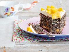 Das Rezept für Mohnkuchen mit Mango-Vanille-Creme und weitere kostenlose Rezepte auf LECKER.de