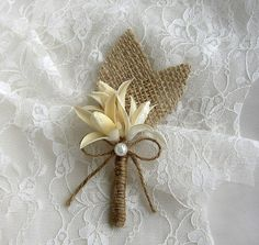 Burlap Grooms Brooch Boutonniere - Rustic Wedding - Corsage Pin - Floral Lapel - Ivory Boutineers - Groomsmen - Men Wedding