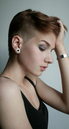 short undercut hairstyles for women - Google Search