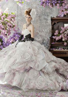 ウエディングドレス | ブライダルハウス六本木