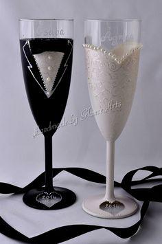 Menyasszony-vőlegény pezsgős poharak, Esküvő, Nászajándék, Esküvői dekoráció, Meska