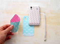 DIY funda móvil con papeles para Scrapbooking