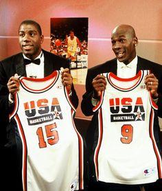 Magic Johnson & Michael Jordan the great. I Love Basketball, Basketball Pictures, Basketball Legends, Basketball Players, Jordan 23, Chicago Bulls, Dream Team 1992, Basket Nba, Nba Stars