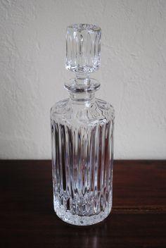 <3 vintage modern crystal decanter <3