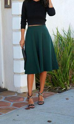 the best holiday season midi skirts // black sweater, emerald midi, leopard heels