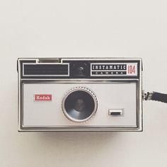 Kodak instamatic 104 : vintage camera design at its best #cameraporn #vscocam #igerschicago | Flickr - Photo Sharing!