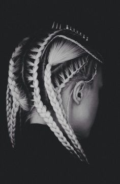 My goal is to do this with my hair within the next year <3