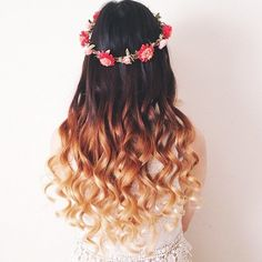 ombre hairstyles | Romantic Ombre Wavy Hairstyle with Flowers